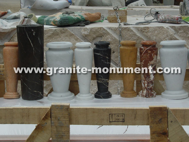 Plastic Vase Wholesale: Price Finder - Calibex